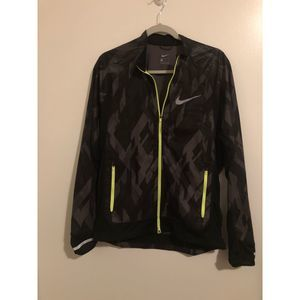 Nike windrunner water repellant jacket